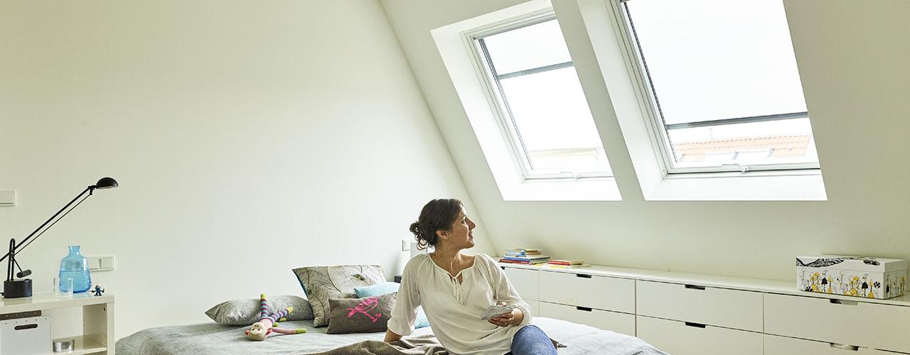 Een VELUX dakvenster configureren en kopen